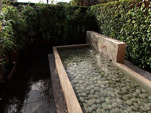 De vijver met pebblestones